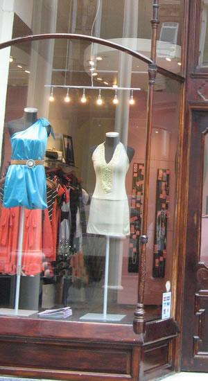 Foto de tienda de ropa
